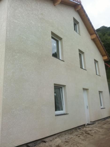Visite d'une maison en cours de rénovation à Gières